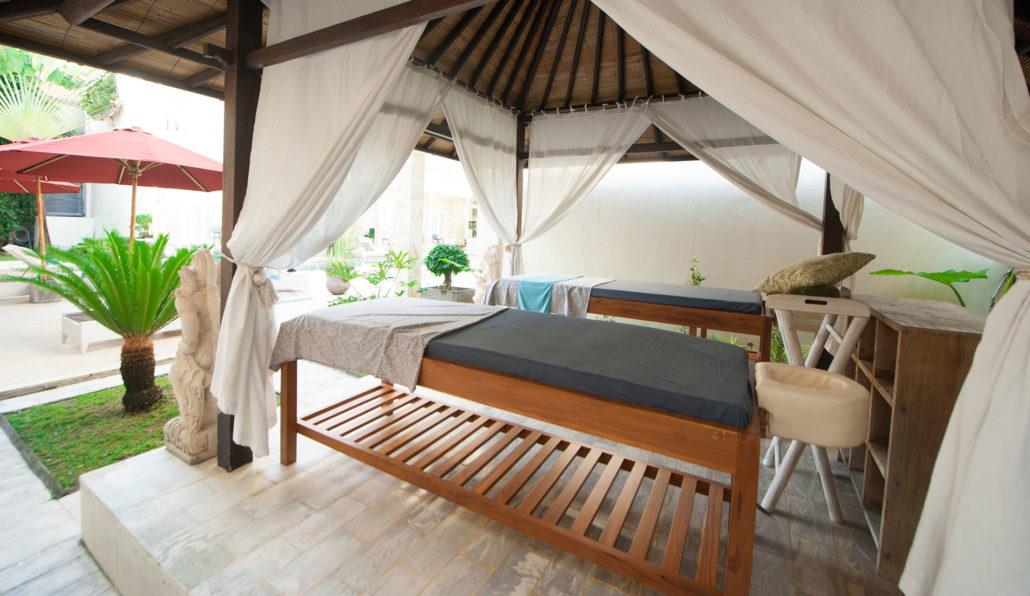 Welcome To Bali Court Hotel Legian